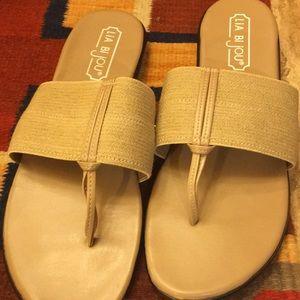 Size 10 Lia Bi Jou sandals